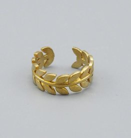 Wreath Brass Ring