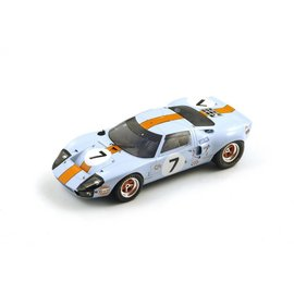 Spark Models 1969 Ford GT #7 Le Mans Spark Models 1:18 Scale Resin Model
