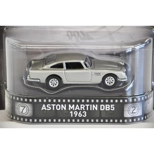 Hot Wheels Hot Wheels 1963 Aston Martin DB5 James Bond Skyfall Retro Ent. 1:64 Scale Diecast Model Car