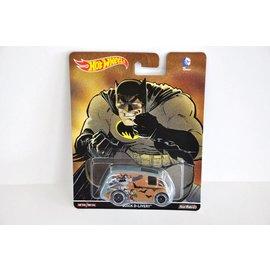 Hot Wheels Hot Wheels Pop Culture DC Comics batman Vs. Superman Quick D-Livery 1:64 Scale Diecast Model Car