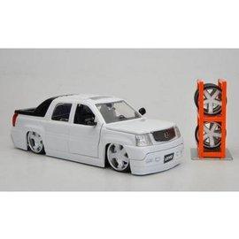 Jada Toys 2002 Cadillac Escalade EXT With Wheels White Jada 1:24 Diecast Car