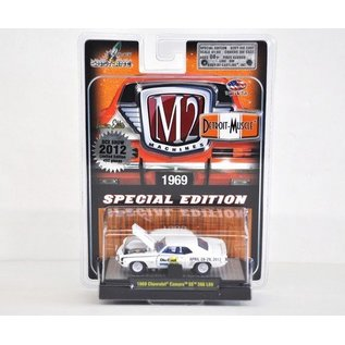 M2 Machines 1969 Chevy Camaro SS 396 L89 DCX Special M2 1:64