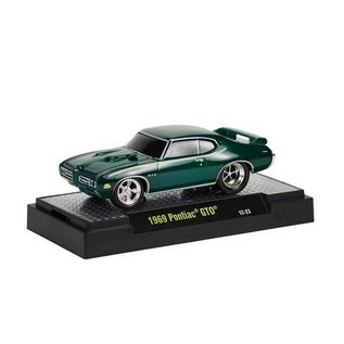 M2 Machines 1969 Pontiac GTO Green Ground Pounders M2 1:64 Diecast