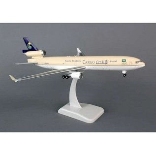 Hogan Wings Saudi Arabian Airlines MD-11F Hogan 1:200 Scale Plastic
