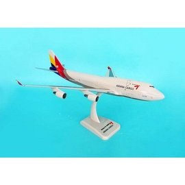 Hogan Wings Asiana Airlines Cargo Boeing B747-400BCF Hogan 1:200 Plastic