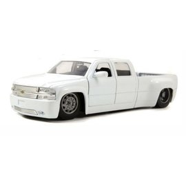 Jada Toys 1999 Chevy Silverado Dooley White Jada 1:24 Diecast