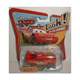 Hot Wheels CARS - Lightning McQueen w- Changing Eyes - Hot Wheels