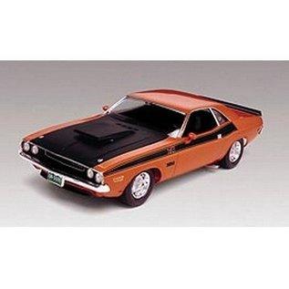 Revell-Monogram RMX 1970 Dodge Challenger - RMX - 1:24 Scale Plastic Model Car Kit