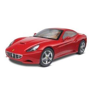 Revell-Monogram RMX Ferrari California Closed Top Revell 1:24 Plastic Kit