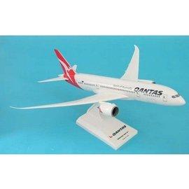 Skymarks Qantas Boeing B787-8 Sky Marks 1:200 Plastic Aircraft