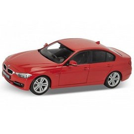 Welly Die Casting BMW 335i Red Welly 1:18 Diecast