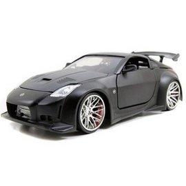 Jada Toys 2003 Nissan 350Z Z33 Primer Black Jada 1:24 Diecast Model Car