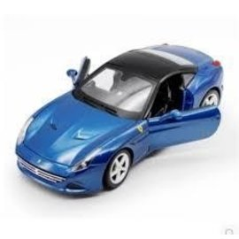 Bburago Ferrari California T Closed Top Blue Bburago 1:18 Diecast Car