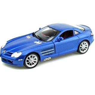 Maisto Mercedes Benz SLR McLaren Blue Maisto 1:18 Scale Diecast Model Car