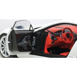 Auto Art Aston Martin One-77 Morning Frost White Auto Art 1:18 Scale Diecast Model Car