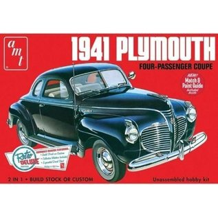 AMT 1941 Plymouth Four Passenger Coupe AMT 1:25 Scale Plastic Model Kit