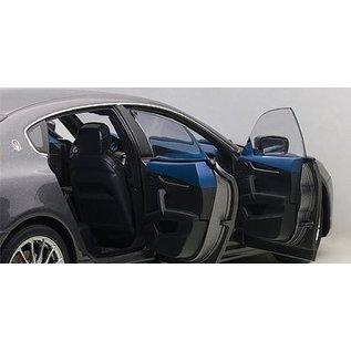 Auto Art Auto Art Maserati Quattroporte GTS Maratea Grey 1:18 Scale Diecast Model Car