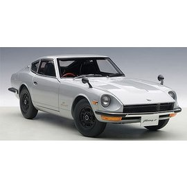 Auto Art Auto Art Nissan Fairlady Z432 (PS30) Silver 1:18 Scale Diecast Model Car