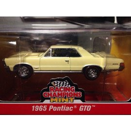 RC2 (Racing Champions) Racing Champions Mint 1965 Pontiac GTO Yellow 2016 Series 1:64 Scale Diecast Model Car