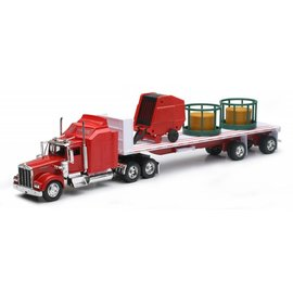 New Ray New Ray Kenworth W900 With Round Hay and Feeder Red 1:32 Scale Diecast Model Truck