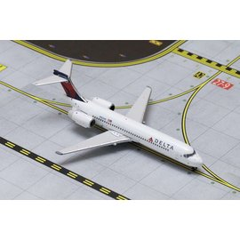 Gemini Jets Gemini Jets Delta Airlines Boeing B717-200 1:400 Scale Diecast Model Airplane