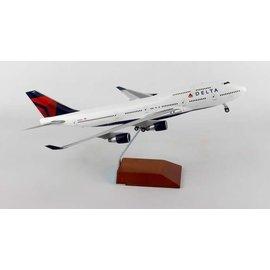 Gemini Jets Gemini Jets Delta Airlines Sky Team Boeing B747-400 1:200 Scale Diecast Model Airplane