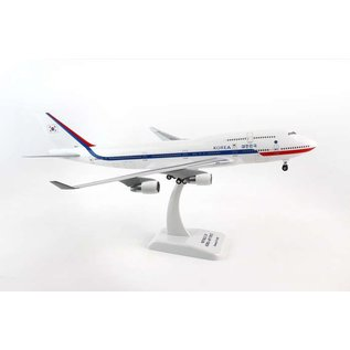 Hogan Wings Hogan Wings Republic Of Korea Air Force Boeing B747-400 1:200 Scale Plastic Model Airplane