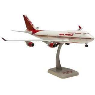 Hogan Wings Hogan Wings Air India Boeing B747-400 Reg. VT-ESO 1:200 Scale Plastic Model Airplane