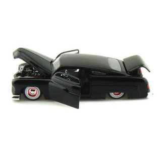 Jada Toys Jada Toys 1951 Mercury Black 1:24 Scale Diecast Model Car