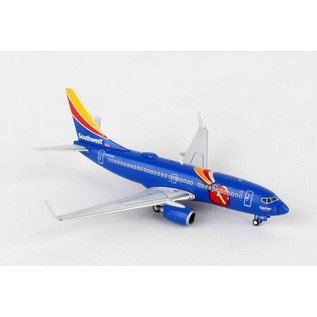 Gemini Jets Gemini Jets Southwest Airlines Boeing B737-700 1:400 Scale Diecast Model Airplane