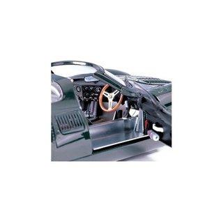 Auto Art Auto Art Jaguar XJ-13 Green 1:18 Scale Diecast Model Car