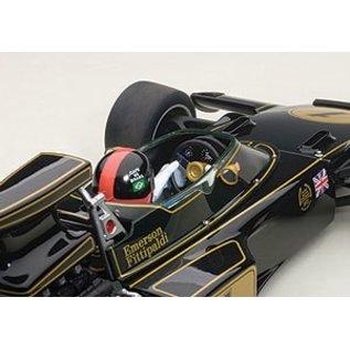 Auto Art Auto Art Team Lotus Type 72E Emerson Fittipaldi #1 With Figure 1973 Grand Prix 1:18 Scale Diecast Model Car