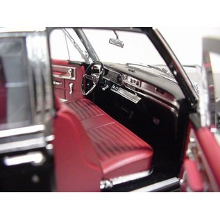 Greenlight Collectibles Greenlight 1966 Cadillac Limousine Hearse Black 1:18 Scale Diecast Model Car