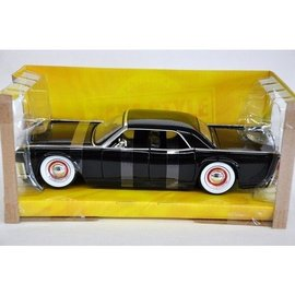 Jada Toys Jada Toys 1963 Lincoln Continental Black With Baby Moons 1:24 Scale Diecast Model Car