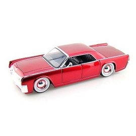 Jada Toys 1963 Lincoln Continental Red With Baby Moons Jada 1:24 Diecast