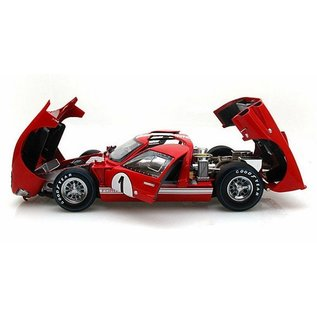 Carroll Shelby Collectibles Shelby Collectibles Legends Series 1966 Ford GT-40 MKII #1 Red 1:18 Scale Diecast Model Car