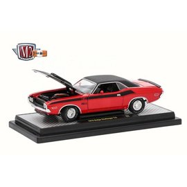 M2 Machines M2 Machines 1970 Dodge Challenger T/A Red 1:24 Scale Diecast Model Car
