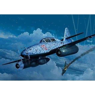 Revell Revell Messerschmitt Me262 B-1/U-1 Nightfighter 1:32 Scale Plastic Model Kit