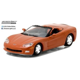 Greenlight Collectibles Greenlight 2012 Chevrolet Corvette Convertible Orange GM Collection Series 1 1:64 Scale Diecast Model Car