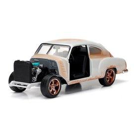 Jada Toys Jada Toys Dom's Chevy Fleetline Fast & Furious 1:24 Scale Diecast Model Car