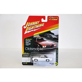 Johnny Lightning Johnny Lightning 1977 Olds Cutlass Supreme White Classic Gold 2017 Series Release 1 1:64 Scale Diecast Model Car