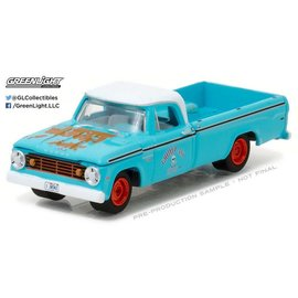 Greenlight Collectibles Greenlight Collectibles Blue Collar Series 2 1967 Dodge D-200 1:64 Scale Diecast Model Car