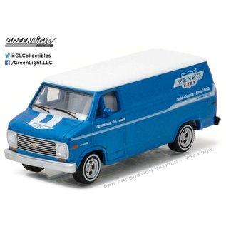 Greenlight Collectibles Greenlight Collectibles Blue Collar Series 2 1976 Chevrolet G-20 1:64 Scale Diecast Model Car