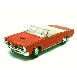Maisto Maisto 1965 Pontiac GTO Convertible Orange 1:18 Scale Diecast Model Car