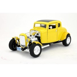 Motor Max 1932 Ford Hot Rod Yellow Motor Max 1:18 Scale Diecast Model Car