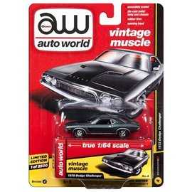 Auto World Auto World 1972 Dodge Challenger Gray Vintage Muscle 2017 Release 3 Version A 1:64 Scale Diecast Model Car