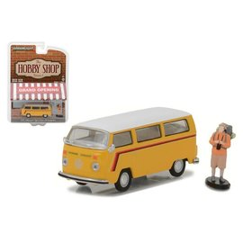Greenlight Collectibles Greenlight 1975 Volkswagen Type 2 Bus With Backpacker Yellow The Hobby Series Release 1 1:64 Scale Diecast Model Car