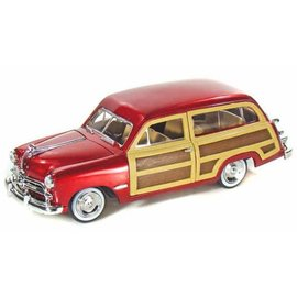 Motor Max Motor Max 1949 Ford Woody Red 1:24 Scale Diecast Model Car