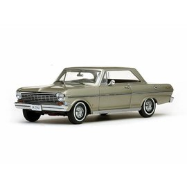 Sun Star 1963 Chevrolet Nova Autumn Gold Sun Star 1:18 Diecast Car