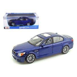 Maisto Maisto BMW M5 Blue 1:18 Scale Diecast Model Car